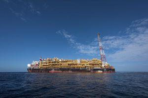 Total đầu tư 2,5 tỷ USD nhằm gia tăng sản lượng tại các mỏ ngoài khơi Angola