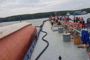 Thủ tướng yêu cầu sẵn sàng ứng phó tình huống tràn dầu do tàu chìm
