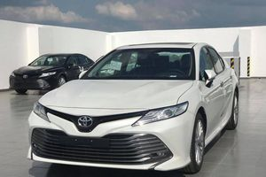 Toyota Camry độc chiếm phân khúc D, có còn cơ hội cho Honda Accord?