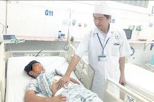 Truyền 12 đơn vị máu cứu bệnh nhi qua cơn nguy kịch