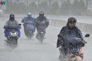 Miền Bắc chuẩn bị đón đợt mưa dông khiến nhiệt độ giảm mạnh