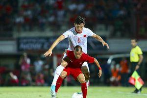 Công Phượng, Văn Hậu tập trung muộn, tuyển Việt Nam gặp khó trước trận UAE