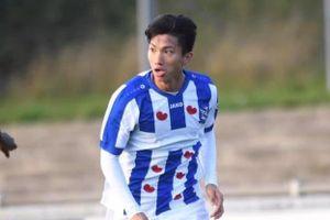 CĐV muốn Văn Hậu đá chính sau khi kiến tạo ở đội trẻ Heerenveen