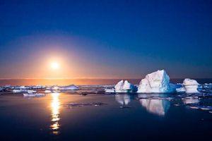 Sông băng tan chảy hé lộ 5 đảo mới chưa có tên ở Bắc Cực