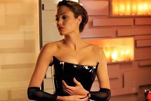 Những khoảnh khắc quyến rũ của Angelina Jolie trên màn ảnh