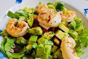 Cách làm salad tôm bơ sốt chanh ớt ngon mê li
