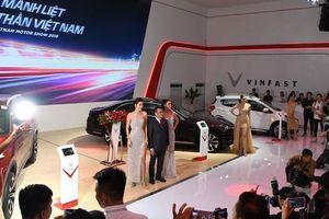VinFast dùng công nghệ thực tế ảo để người dùng tham quan nhà máy