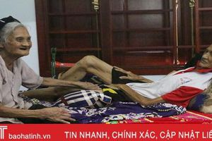 Chia sẻ gánh nặng với xã hội, hai ông bà 90 tuổi ở Hà Tĩnh viết đơn xin thoát nghèo