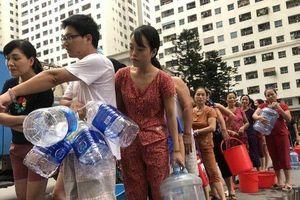Vụ nước sạch sông Đà nhiễm dầu: Người dân có quyền khởi kiện để bảo vệ quyền lợi của mình