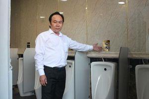 Người làm cách mạng Nhà vệ sinh ở Việt Nam