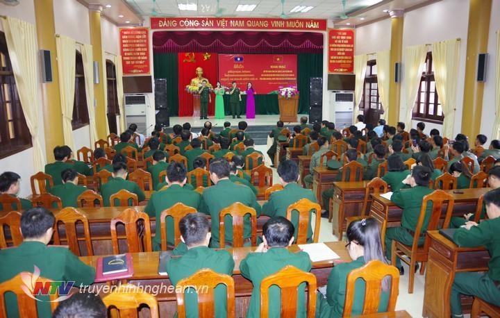 30 cán bộ Lào được tập huấn về công tác bảo vệ biên giới