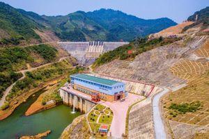 Thủy điện 'khát' nước, EVN huy động nguồn điện giá cao
