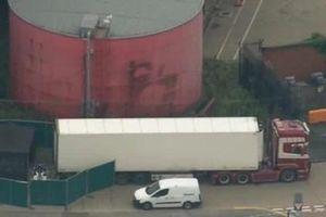 Cảnh sát Anh phát hiện 39 thi thể trong xe tải đến từ Bulgaria