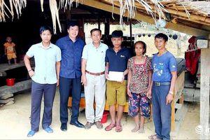 Đảng viên trẻ ở vùng núi Nghệ An 'tiết lộ' lí do xin rút khỏi hộ nghèo