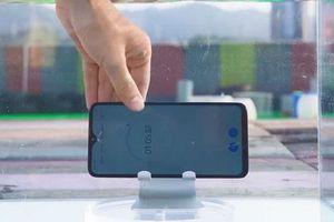 Test khả năng 'bơi lội' của Redmi Note 8 Pro, smartphone tầm trung đáng mua bậc nhất ở Việt Nam