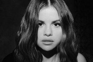 Selena Gomez tái xuất, viết nhạc về tình cũ Justin Bieber?