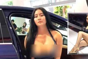 Khán giả đề nghị 'cấm cửa' cô gái cố tình khoe thân phản cảm ở triển lãm ô tô dấn thân showbiz