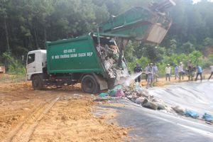 Quảng Nam 'thông' rác sau 3 tháng ứ đọng