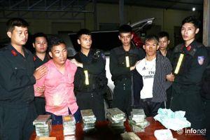 2 trùm ma túy 9X vận chuyển 30 bánh heroin và 6000 viên ma túy tổng hợp