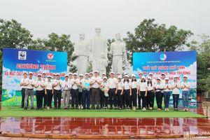 Ra mắt câu lạc bộ 'chạy bộ kết hợp nhặt rác' đầu tiên ở Việt Nam tại TP. Vinh, Nghệ An