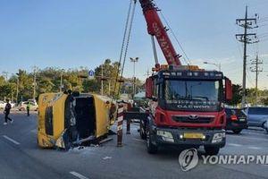 Tai nạn xe buýt trường học, 1 học sinh thiệt mạng