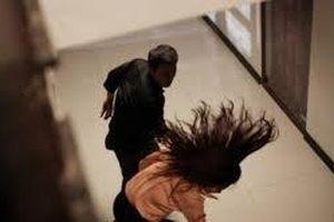 Xác minh động cơ người đàn ông đánh nữ kiểm sát viên đang mang thai ngay tại trụ sở tòa án