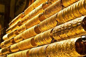 Giá vàng hôm nay 25/10: Vừa hồi phục đã quay đầu giảm