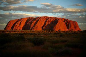 Hình ảnh núi thiêng ở Australia trước lệnh cấm leo
