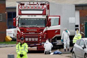Vì sao người di cư mạo hiểm trên xe tải để hiện thực hóa 'giấc mơ Anh'?