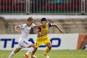 Xem lại những bàn thắng của Văn Toàn ở V-League 2019