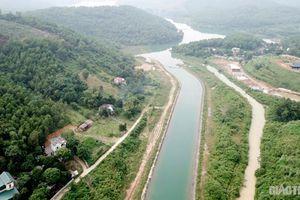 Cho phép lập dự án sân golf nằm trong vùng an toàn nguồn nước sạch sông Đà?