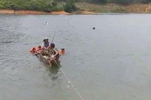 Đốt rơm, cứu sống người bị đuối nước trên sông Lam