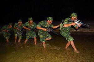 Chuyện huấn luyện đêm của bộ đội trinh sát