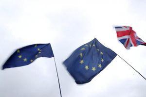 Hai đảng của Anh đang cố gắng thúc đẩy bầu cử sớm vào ngày 9/12