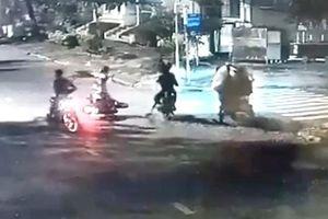 TP HCM: Truy bắt nhóm đối tượng cướp xe táo tợn