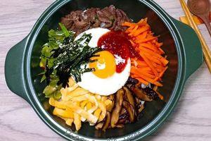 Làm cơm trộn bibimbap Hàn Quốc nhanh gọn đổi bữa cho cả nhà