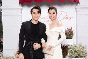 Đông Nhi, Ông Cao Thắng cùng dàn sao hội ngộ tại show Lê Thanh Hòa