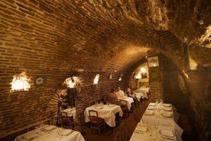 Nhà hàng lâu đời nhất thế giới, lớn tuổi hơn cả nước Mỹ