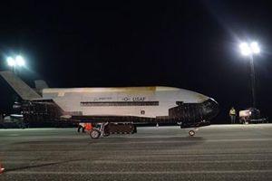 X-37B hạ cánh sau thời gian dài kỷ lục trên quỹ đạo