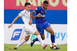 Hai đội Quảng Nam và Hà Nội FC vào chung kết