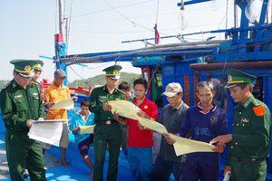 Tăng cường tuyên truyền, phổ biến, giáo dục pháp luật cho ngư dân
