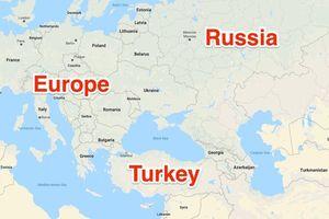 Liên tiếp đi nước cờ khôn ngoan, Tổng thống Putin 'phá vòng vây' của phương Tây