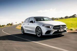 Mercedes-Benz triệu hồi xe vì lỗi... tuột túi khí
