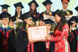 Hà Nội tuyên dương 86 thủ khoa xuất sắc năm 2019