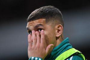 Sao Arsenal khóc vì Xhaka bị CĐV đội nhà phản đối