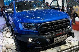 'Soi' xe Ford Ranger Raptor tiền tỷ, độ khủng tại VMS 2019