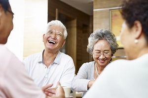 Bí quyết giúp cha mẹ sống vui sống khỏe