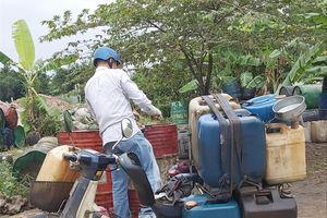 Từ sự cố nước sạch sông Đà: Dầu thải mua bao nhiêu cũng có