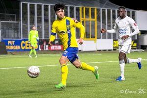 Công Phượng thi đấu ở đội trẻ Sint Truidense trước ngày hội cùng tuyển Việt Nam