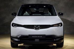 Bất ngờ với xe điện Mazda MX-30, sạc một lần đi hơn 200 km